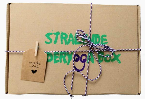 stralende kinderyogabox met kinderyogakaarten