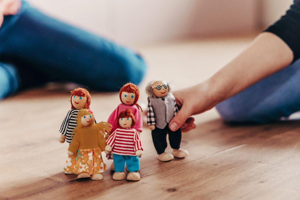 kunstzinnig dynamisch kindercoaching met beeldende creatieve therapie eb systemisch werk in utrecht
