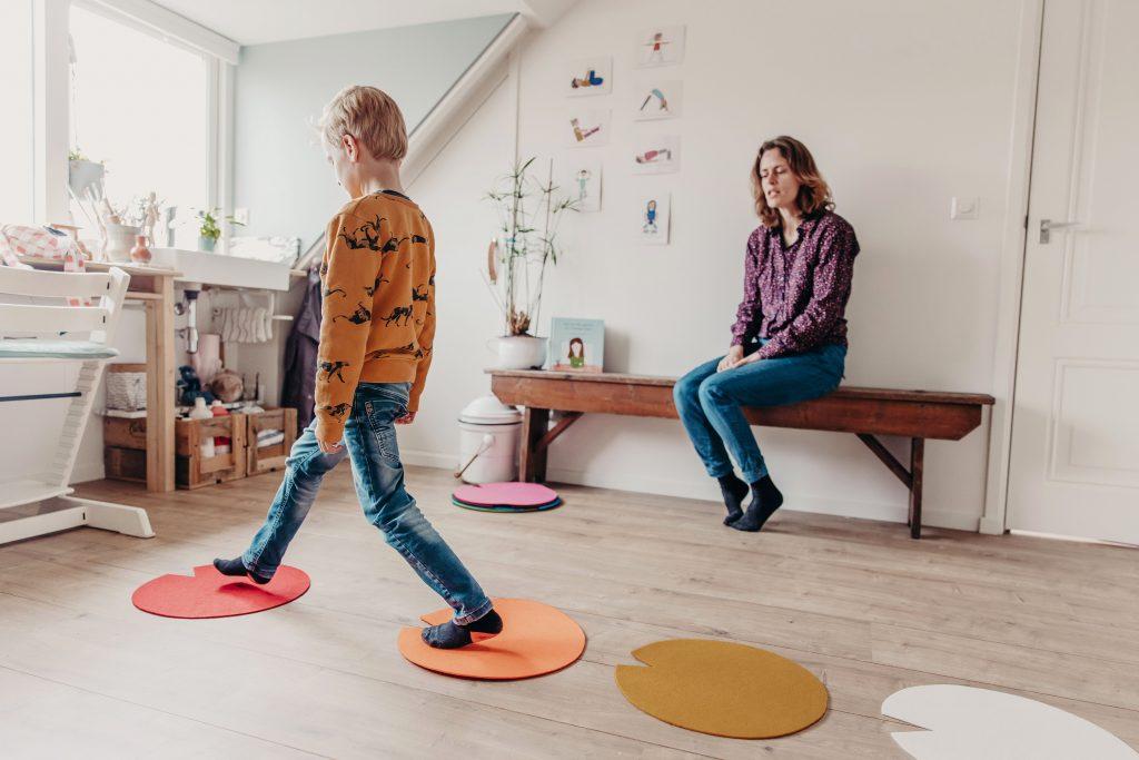 systemisch werk, pest gedrag, creatief holistisch kindercoaching en kinderyoga helpen om je hooggevoelige kind weer lgelukkig te krijgen in utrecht hoograven
